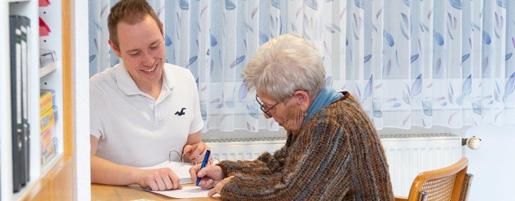 Patientengespräch - Praxis Allery für Logopädie und Physiotherapie in Hamm.